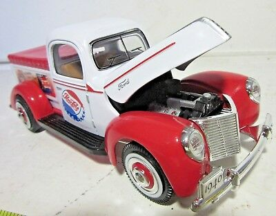 Golden Wheels Ford 1940 Pepsi Pickup Delivery Truck 1:24 Scale Die Cast Bank-VGC