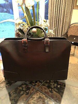 0706a6cb32b Pre-Owned Men s Black leather Gucci Vintage Briefcase With Silver tone  Hardware