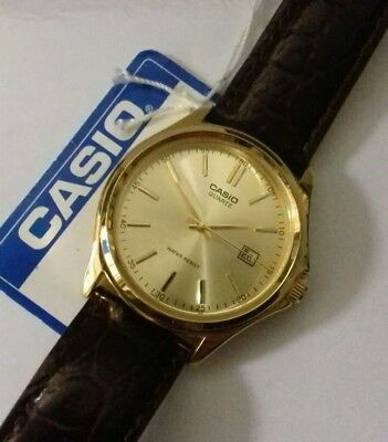 VINTAGE OLD STOCK Casio Watch Analogue Quartz Full Working Order Retro