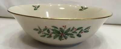 Lenox china holiday Christmas holly & berry large round serving fruit bowl 9 3/8