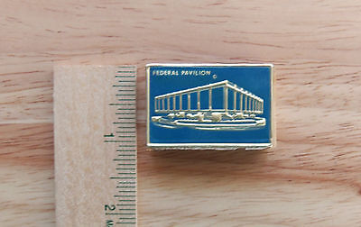 1964-1965 New York World's Fair  Box Of Matches Federal Pavilion Unstruck