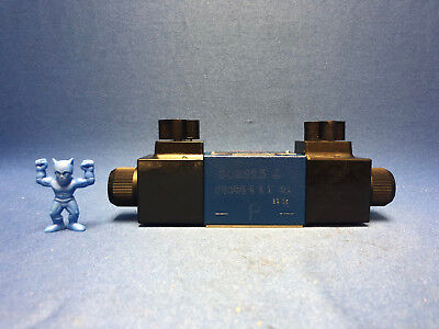 Rexroth R900551703 4-Way Directional Control Valve with Solenoid Actuation