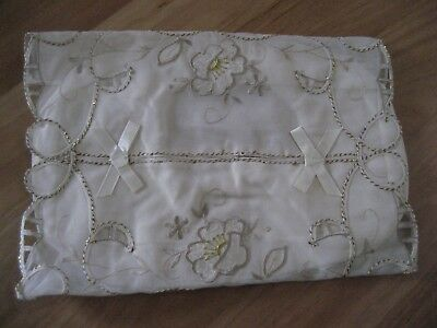 Lovely Beige & Gold Floral Embroidered & Threaded Tissue Box Cover - New - Cheap