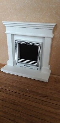 Dolls House Furniture 12th Scale, Modern Fireplace - By Debbie