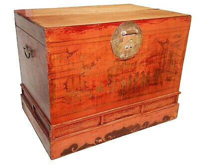 Antique Chinese Trunk (5588), Red Lacquer Hand Painted, Circa 1800-1849