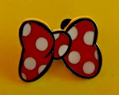 .Disney trade pin MINNIE MOUSE BOW  ( COMBINE THE P&P)12