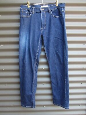 2 Pairs Of Men's Jeans Just Jean Brand