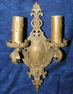 Antique Solid Cast Brass Electric Wall Fixture Sconce lamp Great Patina!