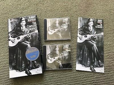 Robert Johnson : The Complete Recordings (2-CD Set Long Box)~ Booklet Bio Photos