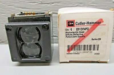 Cutler Hammer E51DP4PD  Photoelectric Head Diffuse Reflective