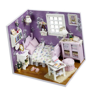 Dollhouse Miniatures DIY House Kit With Dust Cover And LED Light 1/24 Scale