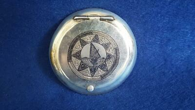 Absolutely Stunning Egyptian Art Deco Sterling Silver Reverse Niello Compact 59g