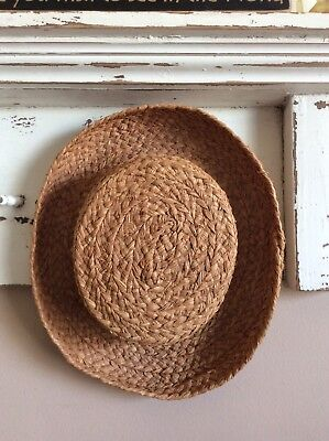 Helen Kaminski 100% Raffia Tan Sun Hat Made In Madagascar Rolled Brim 1a43a51ffeb8