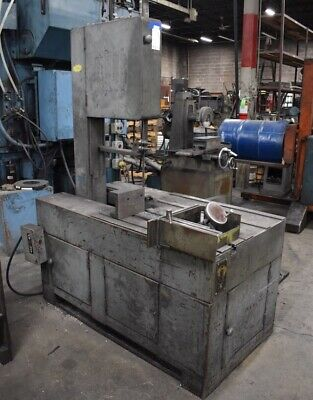 """GROB 18"""" VERTICAL BAND SAW MODEL C018 30"""" X 34"""" Table"""