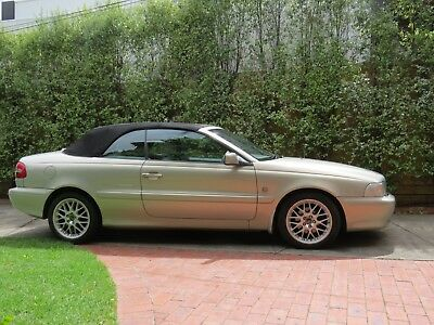 Collectible Volvo C70 convertible MY2000