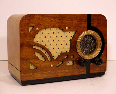 Old Antique Wood Airline Vintage Tube Radio -Restored Working Art Deco Table Top