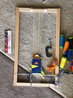 Weaving Loom With Starter Tools Incl 6x Spools Of Wool
