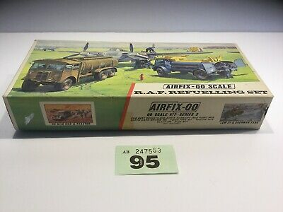 AIRFIX OO SCALE MODEL KIT RAF Refuelling Set  Boxed  Kit 1970's  Lot 95
