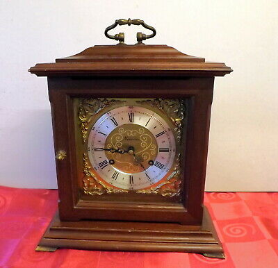 VINTAGE 8 DAY METAMEC BRACKET CLOCK. FHS BIM BAM STRIKE MOVEMENT. Ca 1980's