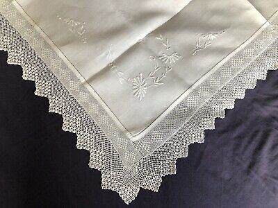Super Edwardian Vintage White Irish Linen Tablecloth Crocheted Edging Embroidery