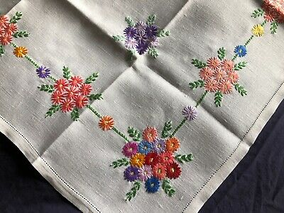 Striking Vintage Floral Hand Embroidered Sml Square Cream Irish Linen Tablecloth