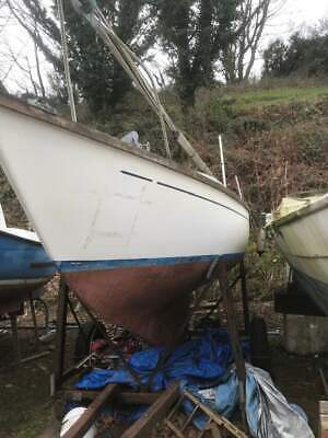 Hurley 22 Yacht disposal - Project Boat - no reserve