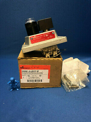Cooper Crouse-Hinds DSD961 J3 LED ST SP Explosion Proof Cover Assembly