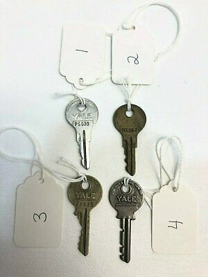 Vintage Lot of 4 Yale & Towne Mfg. Co. Keys PS939, HX254, 2H635, Good Used