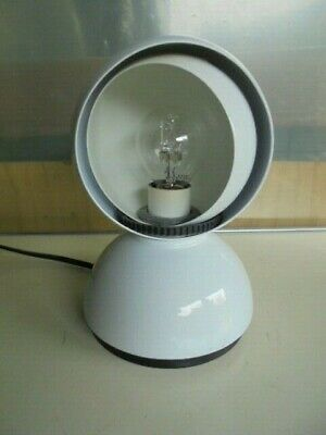 ARTEMIDE LAMPADA ECLISSE by VICO MAGISTRETTI WHITE COLOR 1965 table lamp working