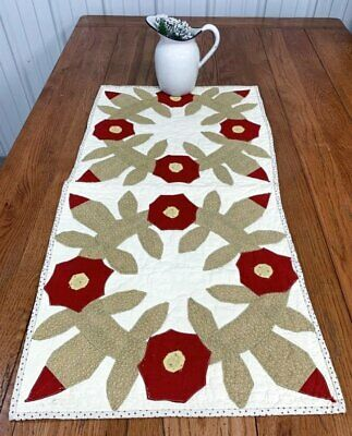 Red Green c 1890s Antique Wreath Applique QUILT Table Runner 39 x 19