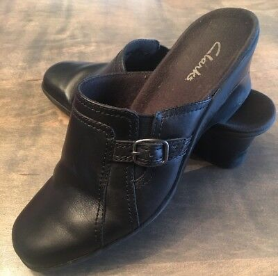 670610d334768f Clarks Mules Womens Size 6.5 Black Leather Slides Slip-Ons Clogs Loafers  Shoes