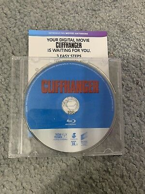 Cliffhanger Mint  Blu Ray And Digital Code NEVER PLAYED!