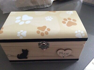CAT PET IN LOVING MEMORY WOODEN BOX ASHES CASKET PERSONALISED GIFT URN 20cm