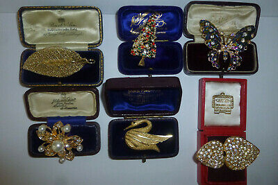 Vintage Jewellery A Beautiful Mixed Job Lot Of Brooches Pins Various Eras
