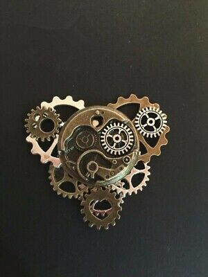 1pc Steampunk Pin  Watch Movement Lapel Pin Badge  Gear  Brooch Collar Pin