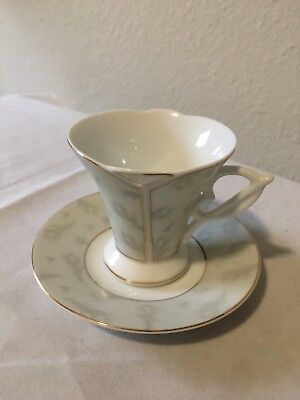 Imperial China Italian Design Demitasse Teacup & Two Saucers