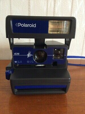 Polaroid 636 Flash, Close Up, 600 Series Instant Camera