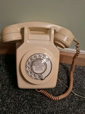 Vintage Gpo Wall Mounted Telephone Retro Dial Rotary Colchester used cream