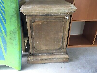 Cast Stone Pedestal Stand
