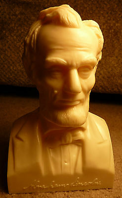 """16th USA President Abraham Lincoln 6.5"""" Plastic Hollow Bust Honest Abe 2 Piece"""