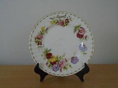 Royal Albert Flower of the Month -  April Sweet Pea - 20.5cm Plate