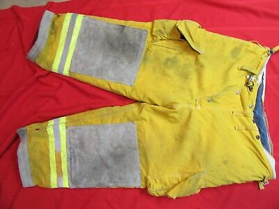 CAIRNS Turnout PANTS 44 x 26  FIREFIGHTER FIREMAN BUNKER GEAR GLOBE LION