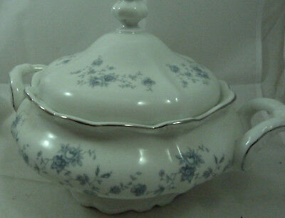 Johann Havland Bavaria Germany Blue Garland Soup Tureen Round Covered Bowl Lid