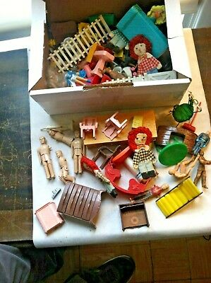 Old Lot - Plastic Toy Figures,Doll Furniture,Charms,etc-RENWAL,SUSY GOOSE  More!