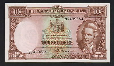 NEW ZEALAND P-158dL. (1967) Ten Shillings - Fleming.. Last Prefix 9S..  aU-UNC