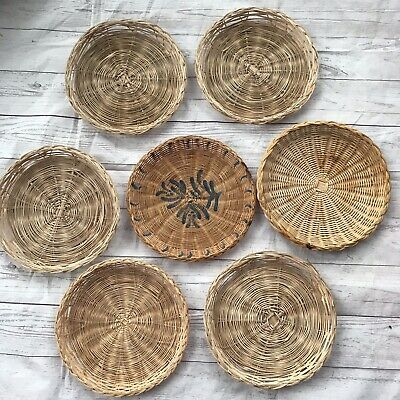 "Lot Of 7 Wicker Rattan Bamboo 9.5"" Paper Plate Holders Picnic BBQ Party Camping"