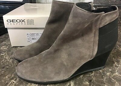 0264aac039bf GEOX Women s D Inspiration Wedge C Ankle Bootie Chestnut Gray Goat Suede 39  1 2