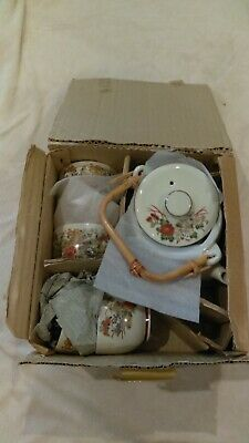 Traditional Japanese/Chinese Tea set (teapot with 5 cups) New