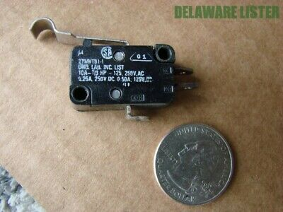 Vintage UND Labs Hook Lever Micro Switch 5A @ 125V UNIMAX NOS FREE S&H