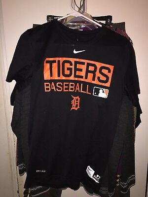 Men s MLB Nike Dri Fit Detroit Tigers Baseball T Shirt Black Size Small e7247cd52